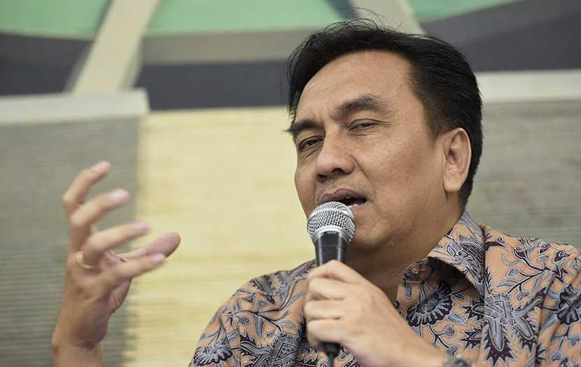 Indonesia Sedang Menuju Jalur Jebakan Pandemi, Effendi Simbolon Salahkan Jokowi