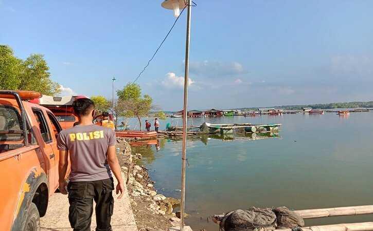 Gegara Selfie, Perahu Wisatawan Miring Dan Terbalik di Waduk Kedungombo 9 Orang Hilang