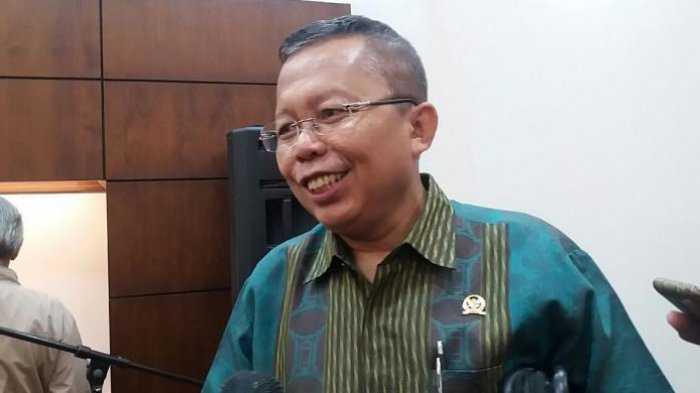 Asrul Sani Berjanji Komisi III Akan Memanggil KPK Terkait Polemik Seleksi Pegawai