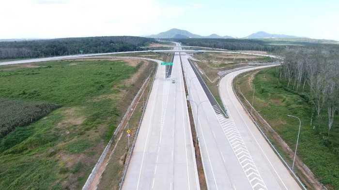 Hutama Karya Targetkan Selesaikan Pembangunan 550 Km Jalan Tol Trans Sumatera hingga 2023