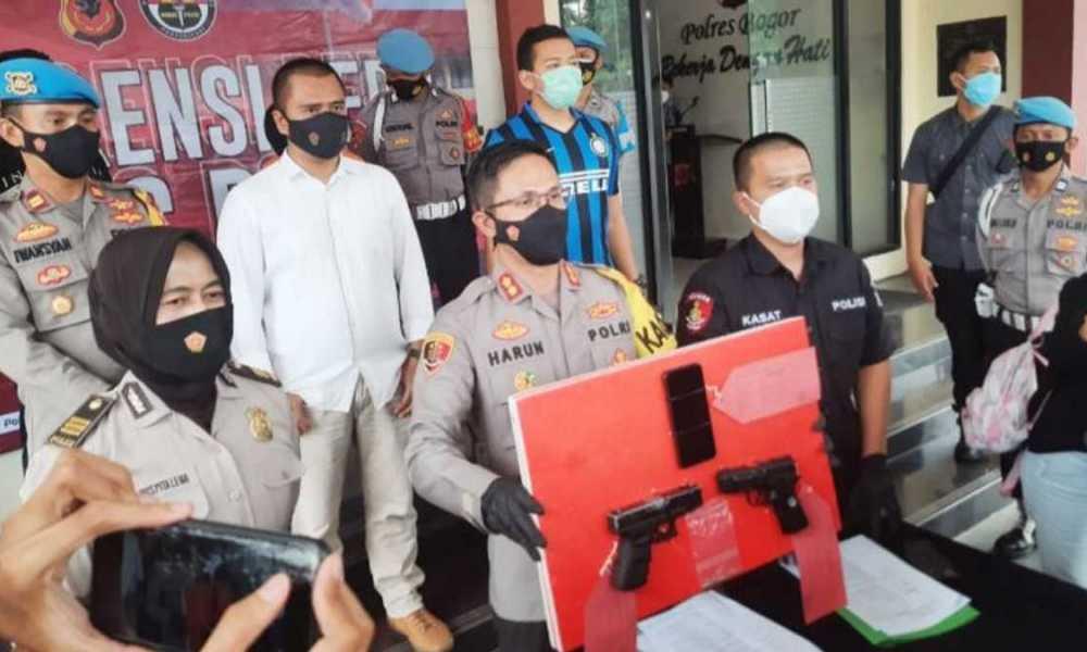 Polisi Cokok Warga Bogor yang Todongkan Pistol ke Kurir Barang Online Shop