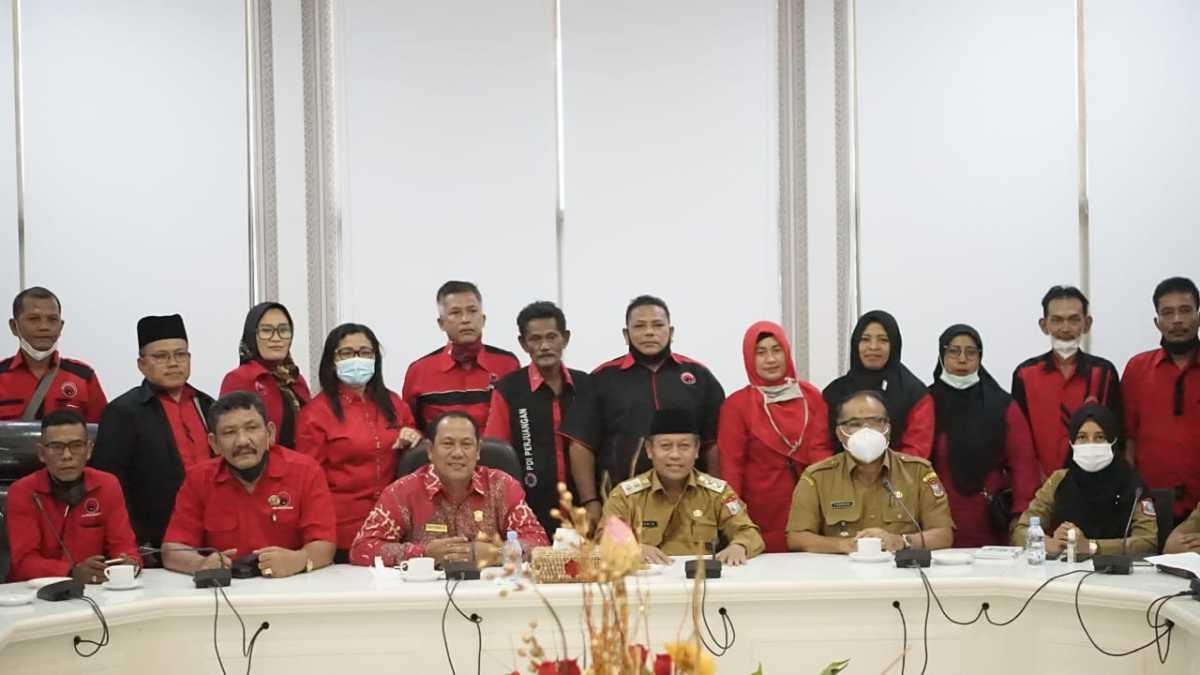 Plt Wali Kota H Waris Thalib Dapat Kunjungan Dari PDI Perjuangan Tanjungbalai