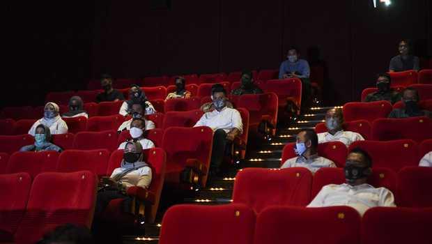 Walau Covid Menggila, Pemkot Tangsel Masih Berikan Izin Bioskop Buka