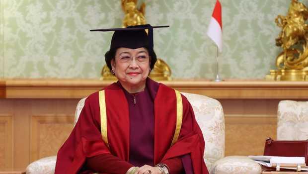 Siang Ini Megawati Dikukuhkan Gelar Profesor akan Didampingi ke 3 Anaknya
