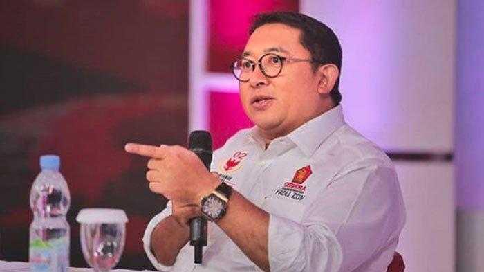 Selain Fahri hamzah, Ternyata Fadli Zon Juga Ikut Kecam Rektor UI