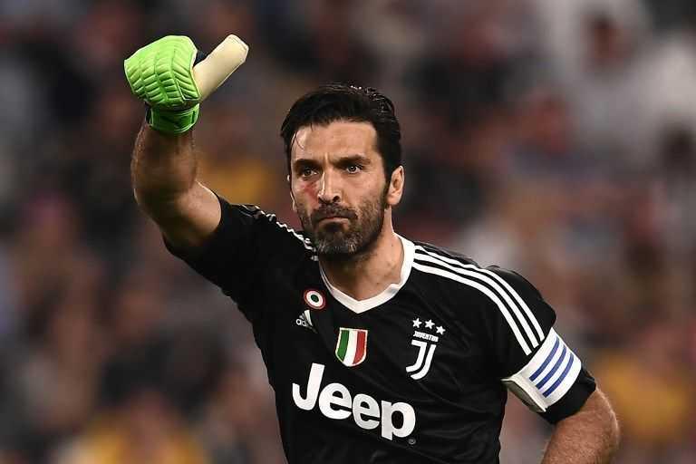 Dikontrak Dua Tahun, Gianluigi Buffon Resmi Kembali ke Parma