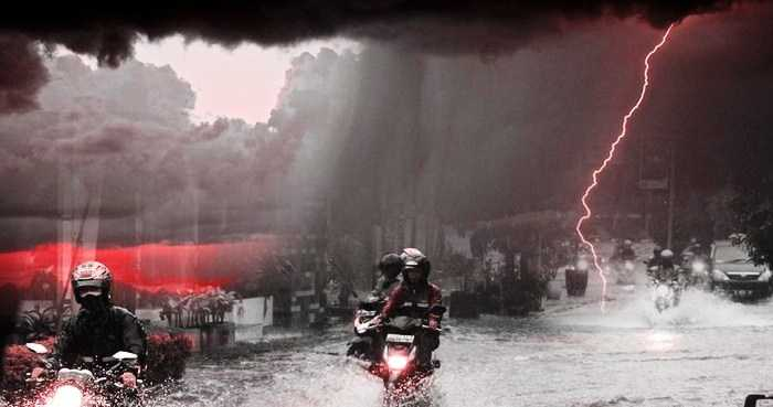 Waspada! Cuaca Ekstrim Di 25 Wilayah Berpotensi Hujan Lebat Disertai Kilat dan Angin Kencang