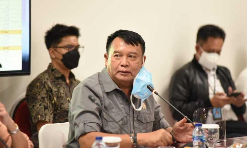 Makin Menggila, TB Hasanuddin : Stop Bicara Pilpres Ini Saatnya Fokus tangani Lonjakan Covid