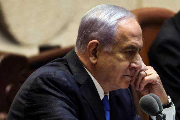 Netanyahu Memboikot Pelantikan Penggantinya PM Israel yang Baru Naftali Bennett