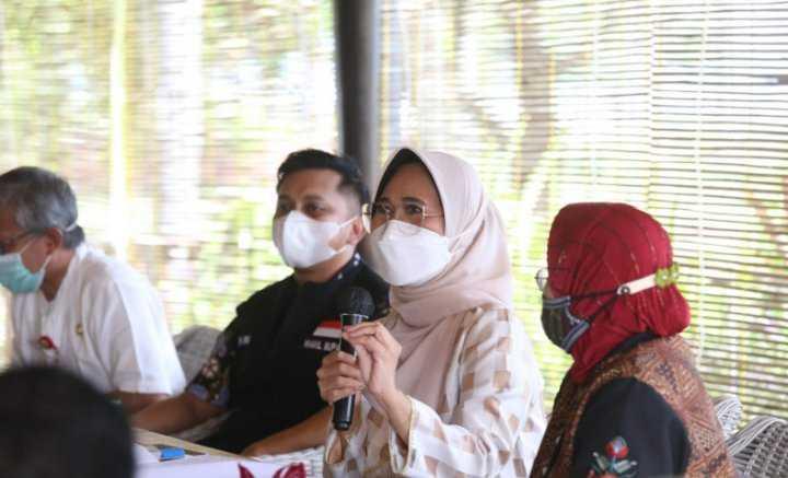 Hetifah Sjaifudian Dorong Pengembangan KEK Tanjung Lesung Jadi Prioritas Nasional