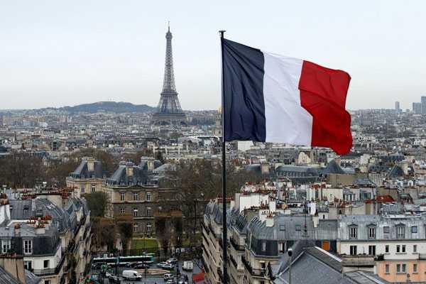 Perkembangan Islamofobia Membuat Muslim di Prancis Khawatir