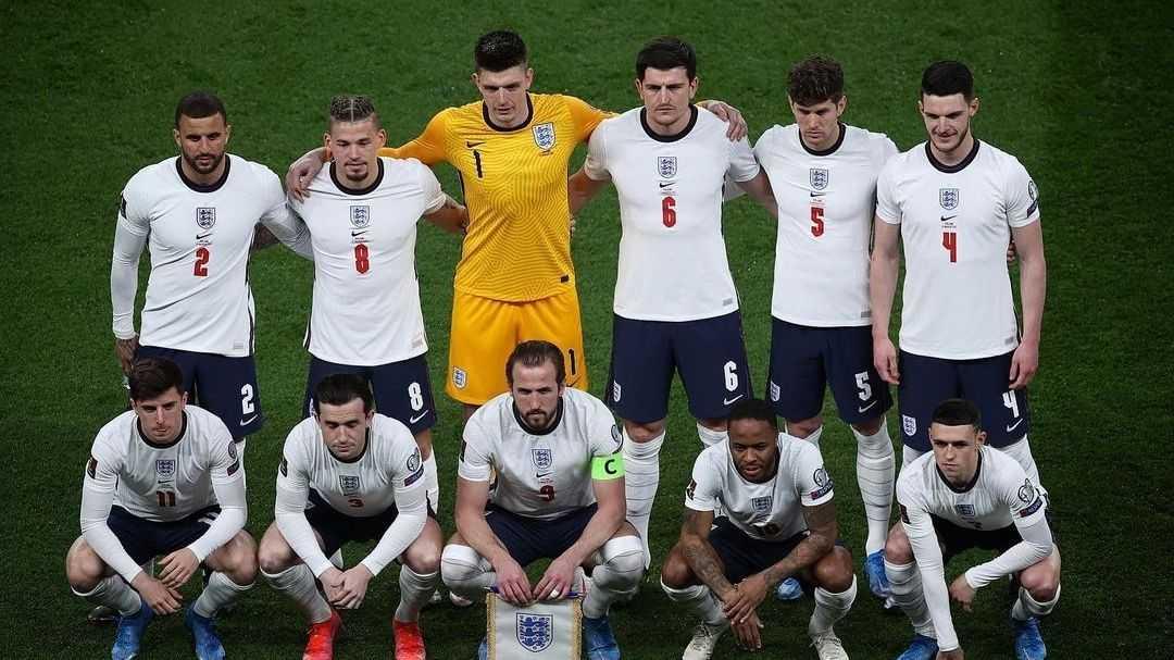 FA Minta Supoter Hormati Aksi Berlutut Pemain Timnas Inggris