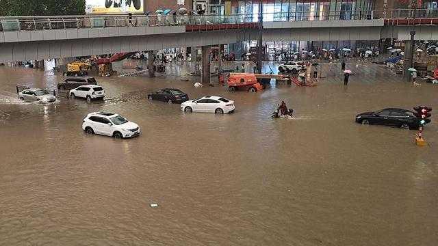69 Tewas Akibat Banjir di Henan, Lima Belum Ditemukan