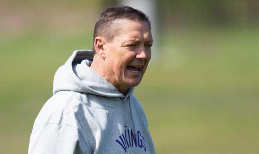 Tolak Divaksin COVID-19, Asisten Pelatih Tim NFL Pilih Tanggalkan Jabatan