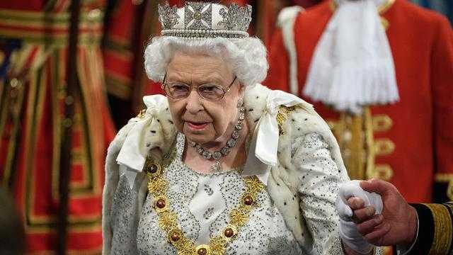 Terkenang Serahkan Trofi Jules Rimet, Sang Ratu Doakan Terbaik untuk Inggris di Final Euro 2020