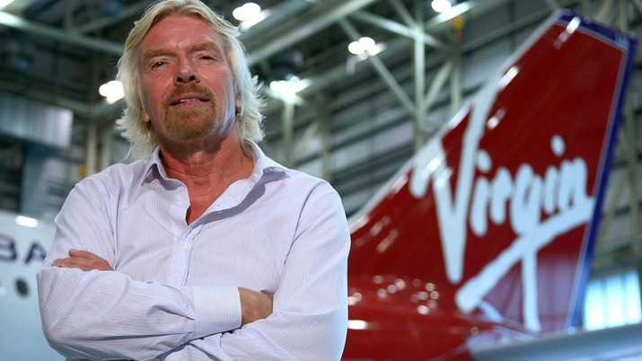 Mantap! Miliarder Richard Branson Lepas Landas ke Luar Angkasa