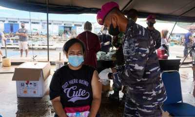 TNI AL Gelar Vaksinasi COVID-19 di Wilayah Pesisir Bekasi