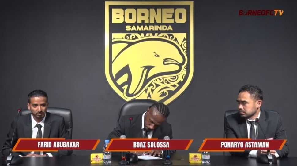 Resmi, Boaz Solossa Gabung Borneo FC