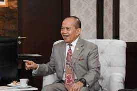 Angka Covid-19 semakin tinggi, Wakil Ketua MPR : Belajar dari Singapura dan UEA yang larang WNA