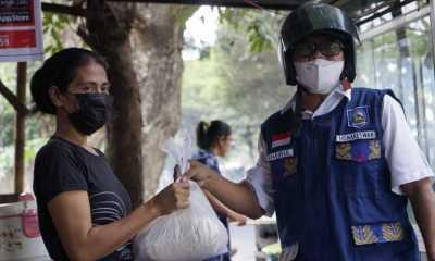 Pemprov NTB Bagikan Ribuan Paket Sembako ke Warga Mataram
