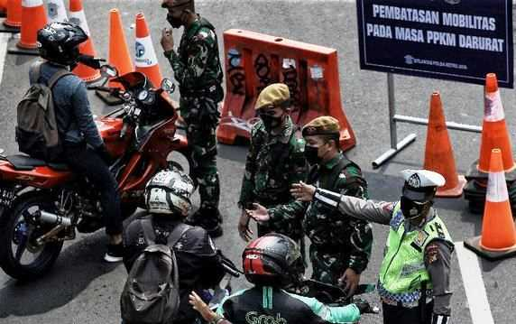 Mahfud MD Klarifikasi Makna Arti Darurat Militer yang Disebut Muhadjir