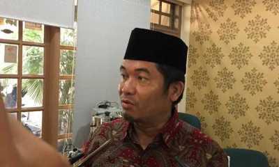 Pengamat Minta Anggota DPR Isoman di Rumah Ketimbang di Hotel