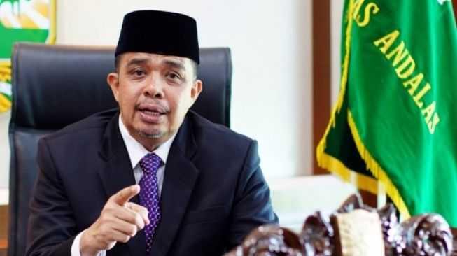 Rektor Universitas Andalas Dilaporkan Kepolisi