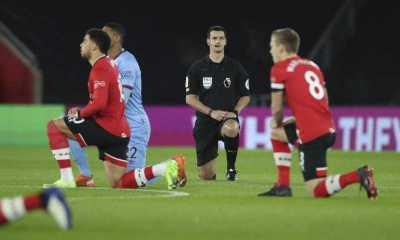 """""""Tidak Ada Ruang Untuk Rasisme"""": Liga Inggris Dukung Pemain Berlutut Sebelum Tanding"""