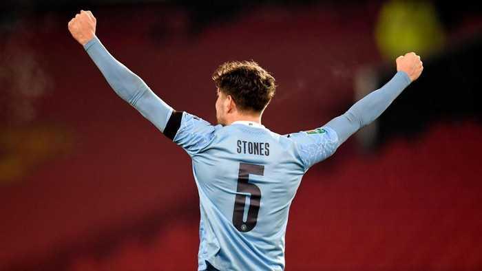 City Beri Kontrak Panjang ke John Stones