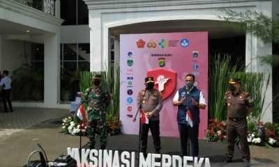 Vaksinasi Merdeka Polda Metro Jaya, Anies: Solusi Masyarakat Jakarta yang Ingin Divaksin