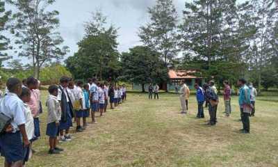 Bupati Jayawijaya Temukan Kepsek dan Guru Tak Ada di Sekolah
