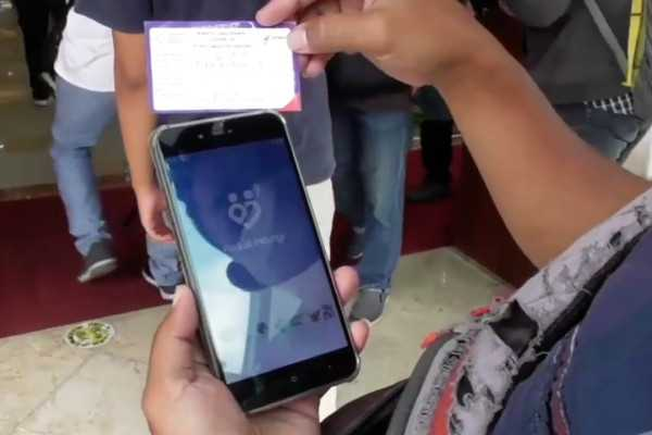 Penggunaan Aplikasi PeduliLindungi Diterapkan di 14 Pasar Rakyat