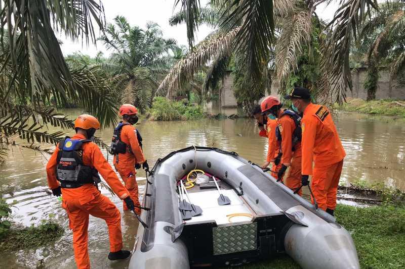 Tim SAR Cari Satu Korban yang Tenggelam di Pantai Pelabuhan Ratu