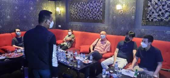Langgar Prokes, Dua tempat karaoke di Cikarang Selatan, Bekasi di Segel Polisi