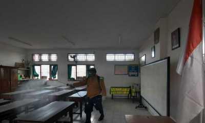 PTM Mulai Digelar, Satgas Covid-19 Mulai Sterilisasi Sekolah-sekolah di Bali