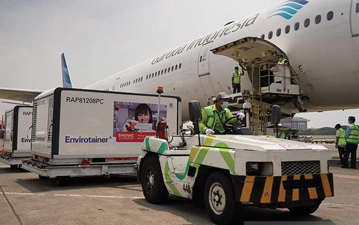 Indonesia Kedatangan 5,2 Juta Dosis Vaksin Sinovac dan Sinopharm dari China