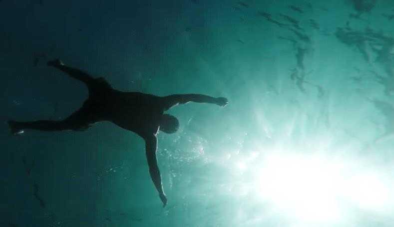 Mayat Pia Ditemukan Mengapung di Sungai, Pas Dicek Identitasnya Wartawan
