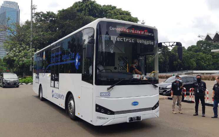 Gubernur Jateng Dorong Penggunaan Bus Listrik