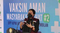 Puan Dorong Kenaikan Upah Minimum 2022 untuk Buruh Direalisasikan