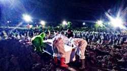 Pemakaman dengan Prokes di Surabaya Nol