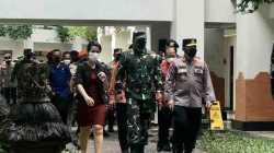 Panglima TNI dan Kapolri Minta Hotel Pastikan Tamu Asing Nyaman Saat Karantina